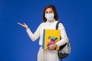 Joven estudiante sanitaria para pruebas FSE 2021